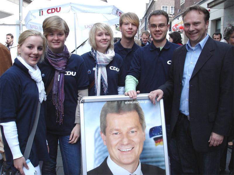 Dr. Kai Zwicker und Bürgermeisterkandidatin Helga Grunewald