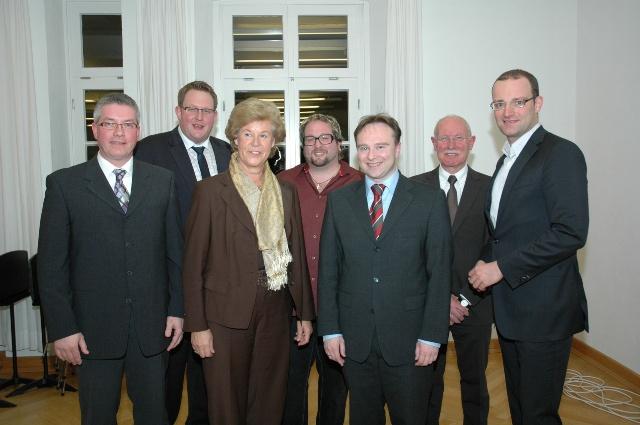 von links nach rechts: Ulrich Helmich (Bürgermeisterkandidat), Markus Jasper (CDU-Gemeindeverbandsvorsitzender), Bärbel Pieper (stellvertretende Bürgermeisterin), Raimund Stroick (Moderator der Talkrunde), Dr. Kai Zwicker (Bürgermeister der Gemeinde Heek
